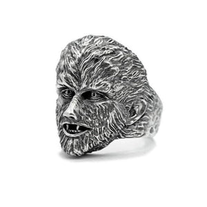 3/4 angle shot of the Wolfman Ring from the universal monsters jewelry collection