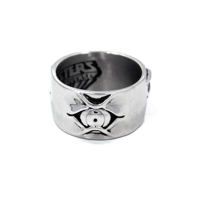 front of the Tri-Klops Ring showing one of the 3 eyes  from the masters of the universe collection