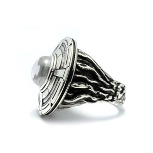 profile of the Ufo Ring in silver from the han cholo alien collection