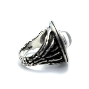 inside detail of the Ufo Ring in silver from the han cholo alien collection