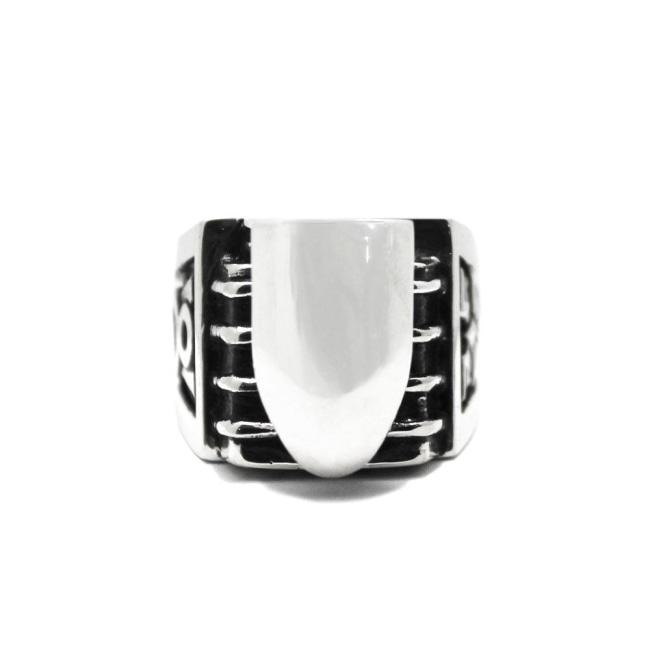 right side of the V8 Ring in silver from the han cholo cruising collection