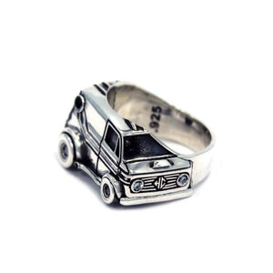 left side of The Van Damn Ring in silver form the han cholo cruising collection