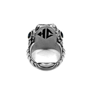 inner detail of the Venom Ring silver from the han cholo fantasy collection