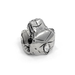 right top angle of the Venom Ring silver from the han cholo fantasy collection