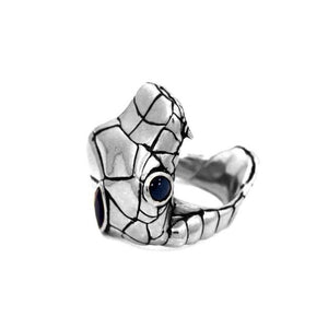 right side of the Venom Ring silver from the han cholo fantasy collection