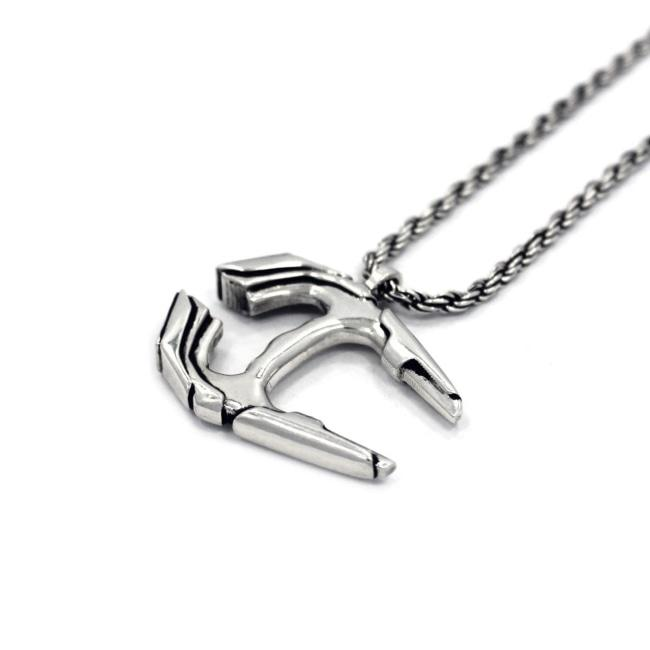 Voltron Bayard Pendant Pm Necklace