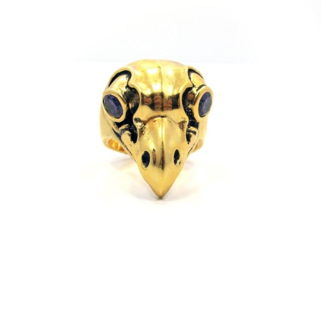 angle of the Woodsy Owl Ring in gold from the han cholo skulls collection