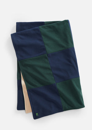 DS Gives Blanket in Terry Fleece (Navy/Green)