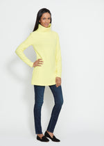 Cobble Hill Turtleneck (Soft Yellow)