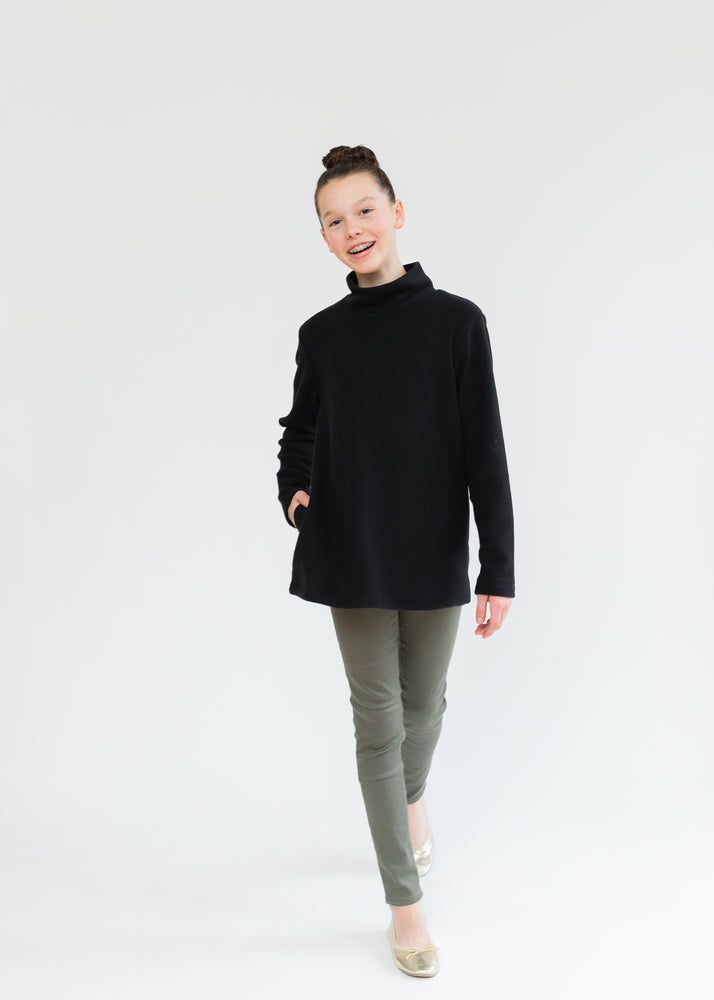 Girls Turtleneck (Black)