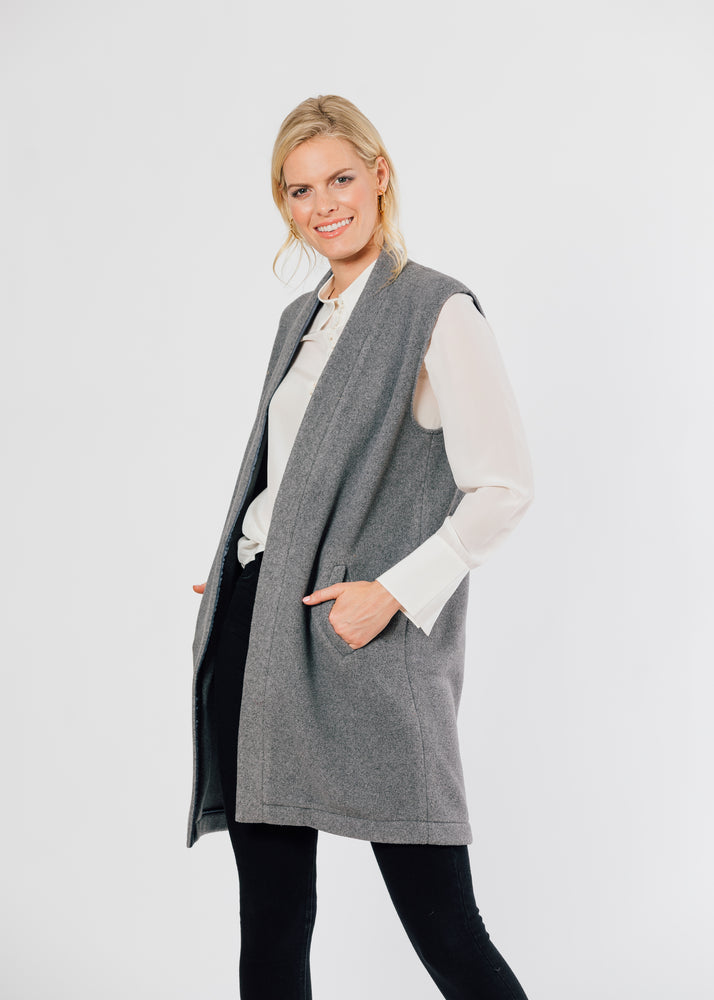 Oxford Vest (Charcoal Grey) TH