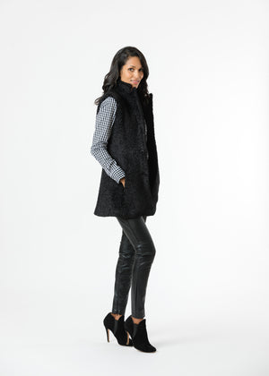 Load image into Gallery viewer, Pacific Vest in Brushed Fleece (Black)