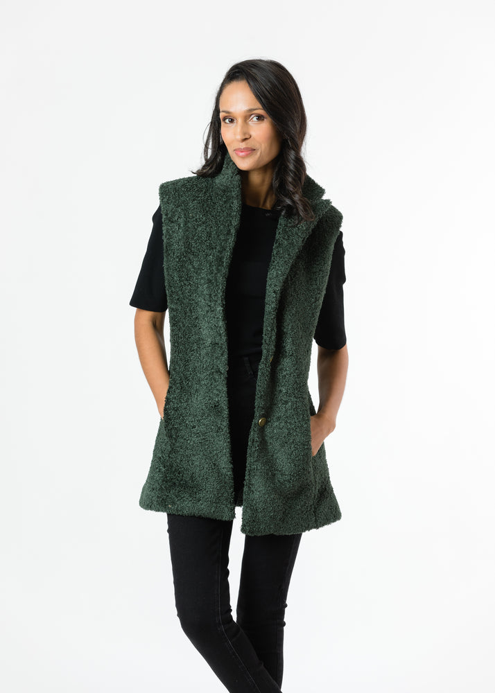 Pacific Vest in Brushed Fleece (Hunter Green)