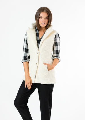 Pacific Vest in Brushed Fleece (Off-White)