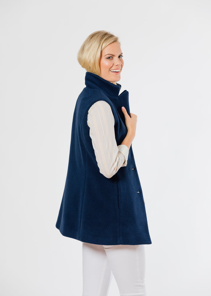 Pacific Vest in Double Layer Vello Fleece (Navy)