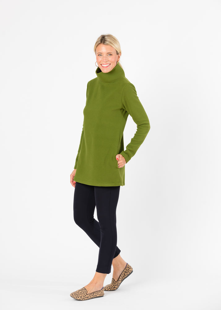 Load image into Gallery viewer, Cobble Hill Turtleneck (Moss Green)