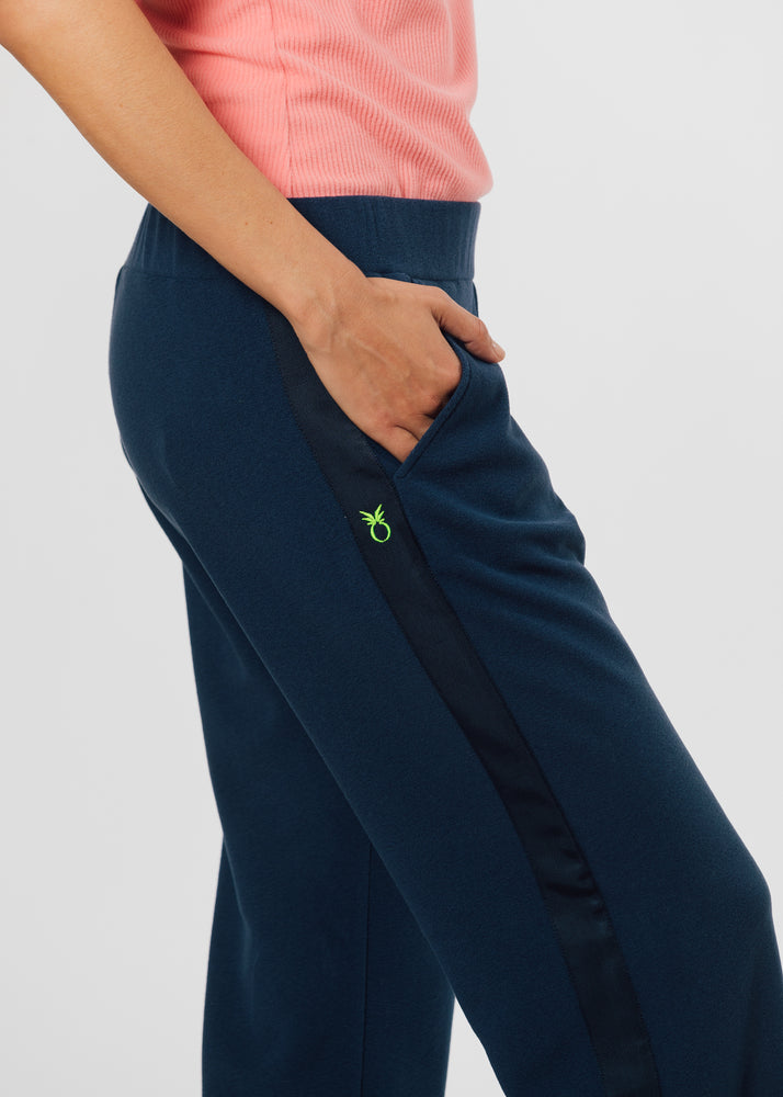 Load image into Gallery viewer, Waverly Wide Leg Pants in Terry Fleece (Navy)