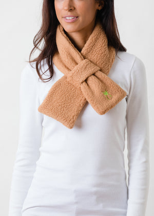 Load image into Gallery viewer, Frost St Scarf in Shearling (Camel)