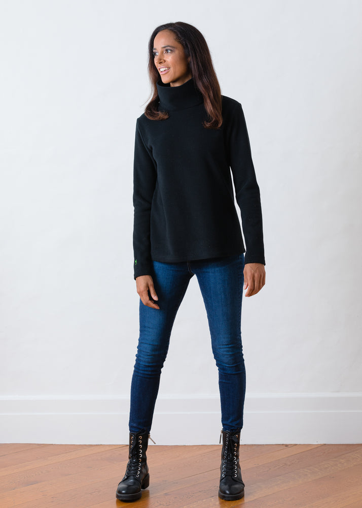 TH - Greenpoint Turtleneck in Vello Fleece (Black)