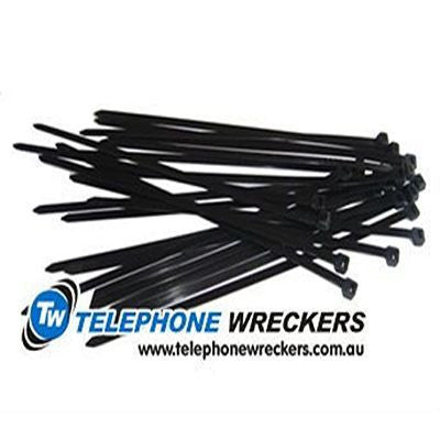 300mm x 4.8mm Black cable ties (pack of 100)
