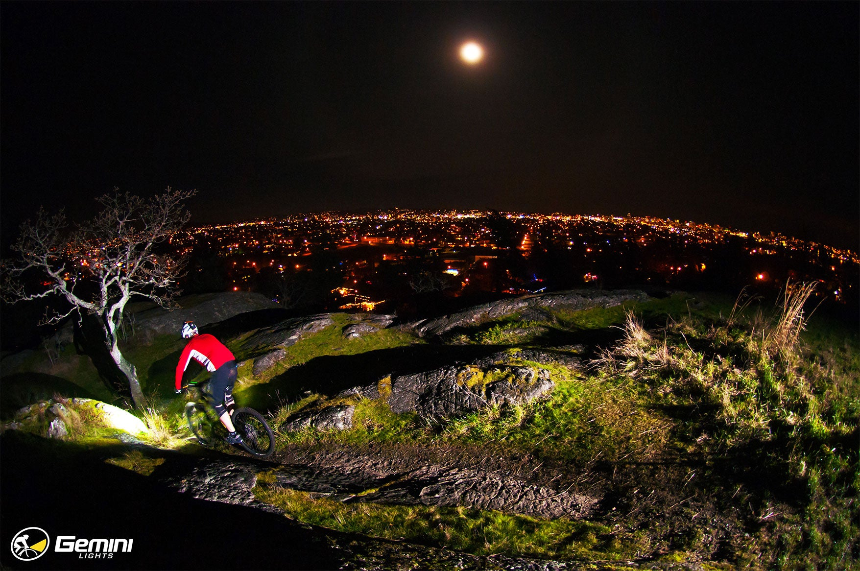 Strahan Loken, Aaron LaRoacque - Night MTB Photoshoot