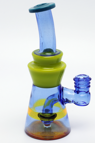 Nhalables Perc View Image for a Big J 10mm Banger Rig thats Terps , Blue Dream, and Roswell Colored Glass