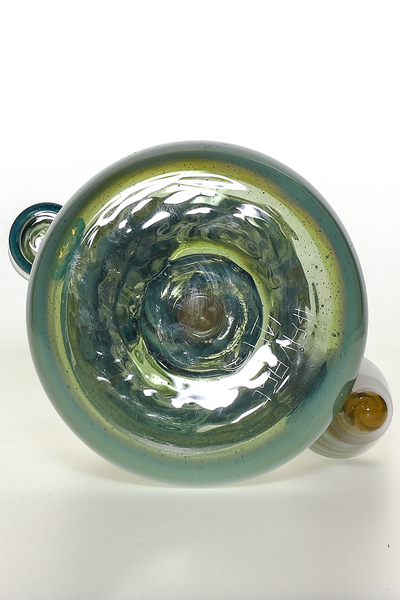 Nhalables Bottom View Image for a Green Worked Rig by Virginia Based Artists Licit Glass (@licit) and Savage Glass (@Savageglass)