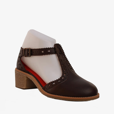 Jaws T-Strap Shoe - Brown