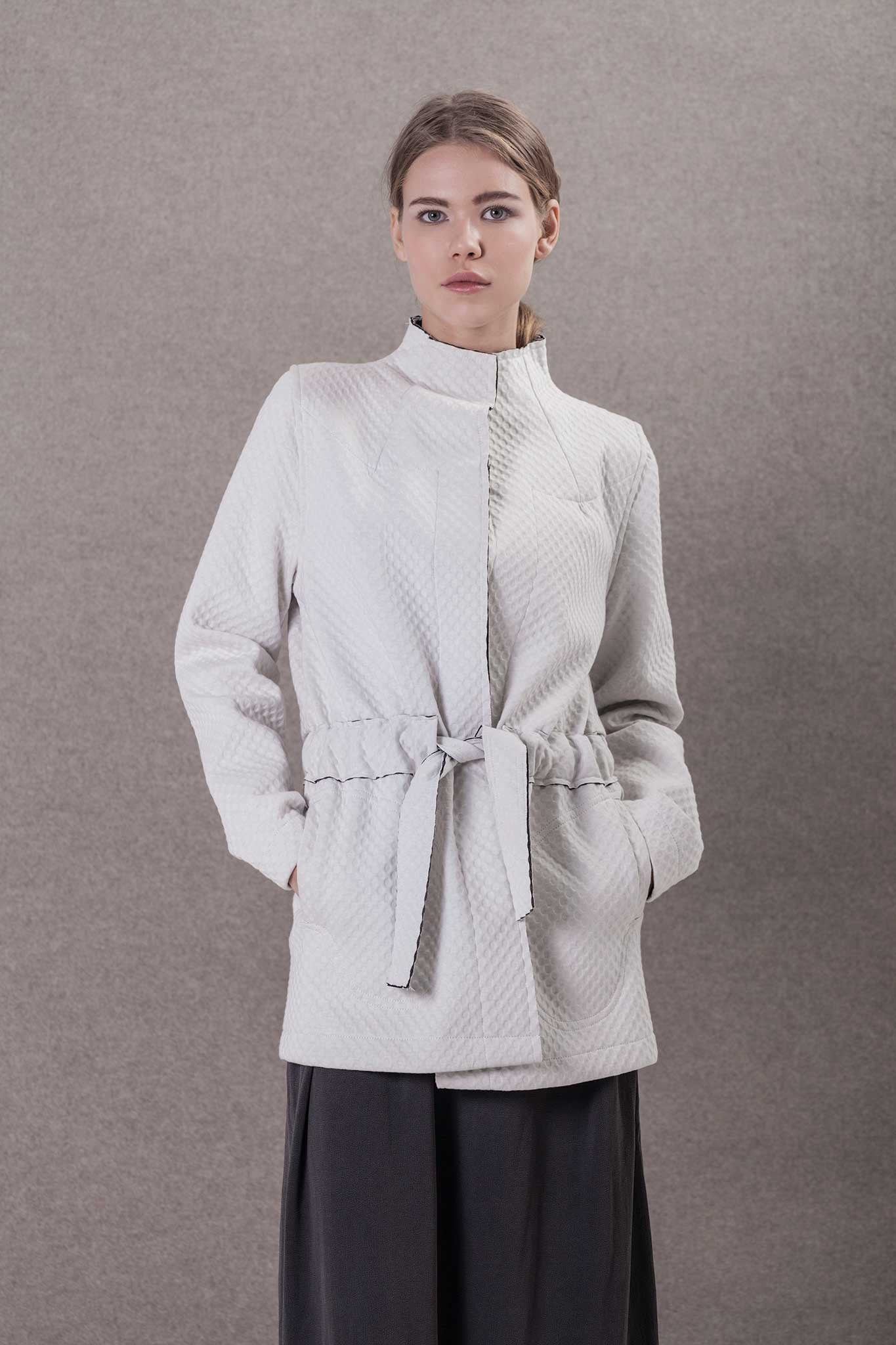 WHITE WOMAN COAT