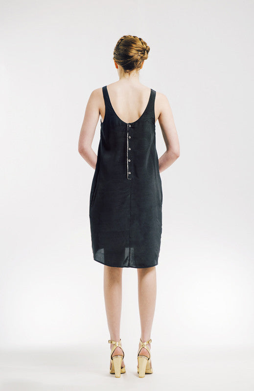 BLACK SLEEVELESS DRESS WITH BACK BUTTONES