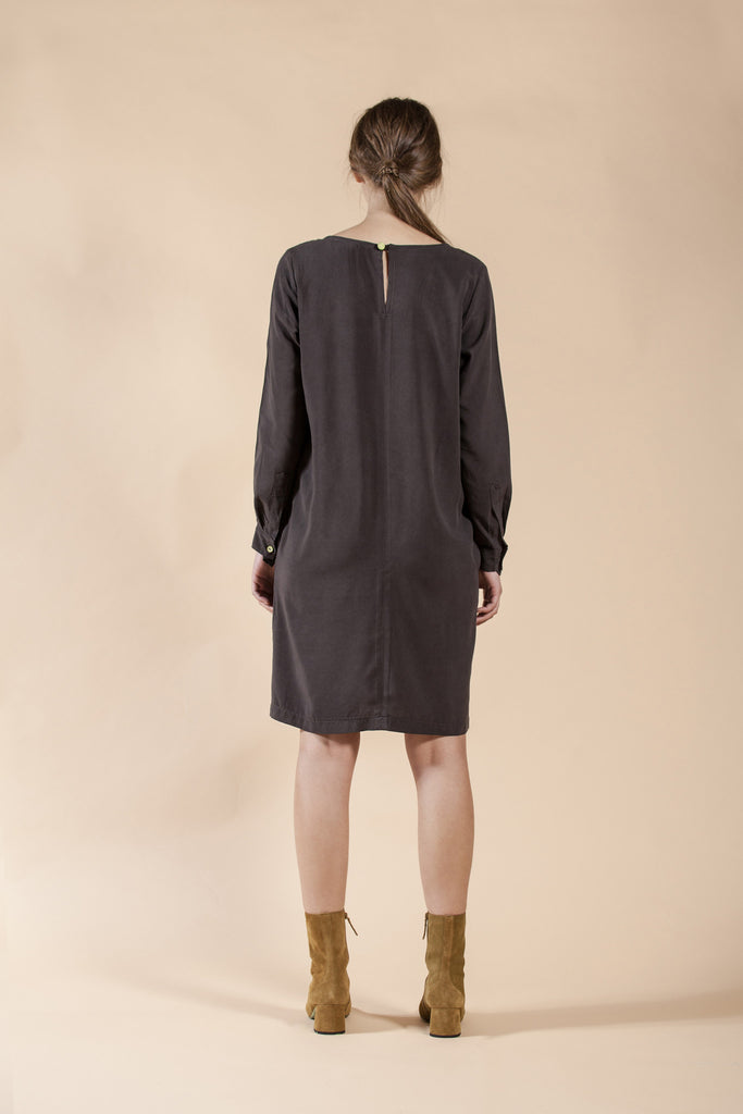 GRAY LOOS LEISURE DRESS WITH HAND MADE PRINT - WIND