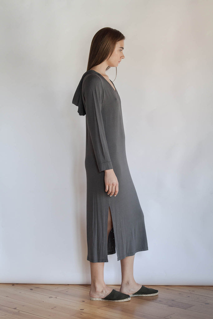 LONG DRESS WITH A HOODIE