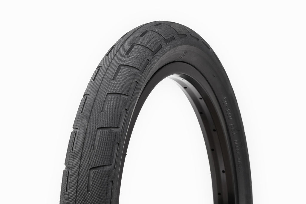 DONNASTREET TIRE