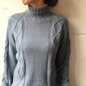 Alpaca sweater ice blue
