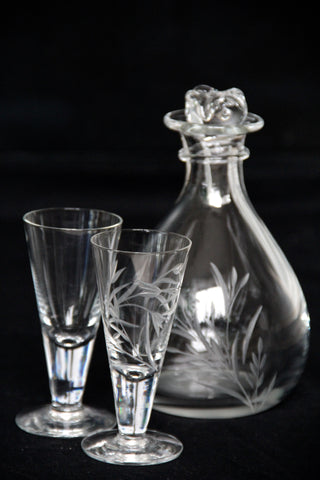 Vodka decanter with shot glasses