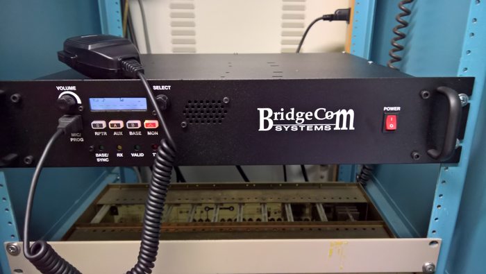 Lake Washington Ham Club Installs New BCR-220 Repeater