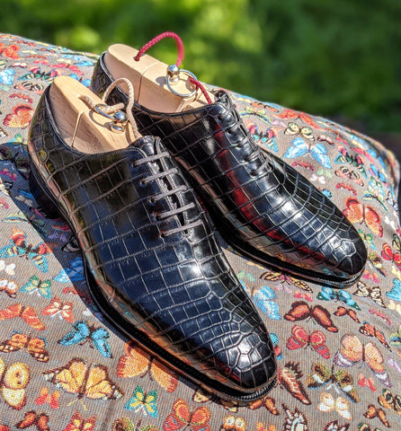 Alligator Wholecut Oxfords - Piano Black