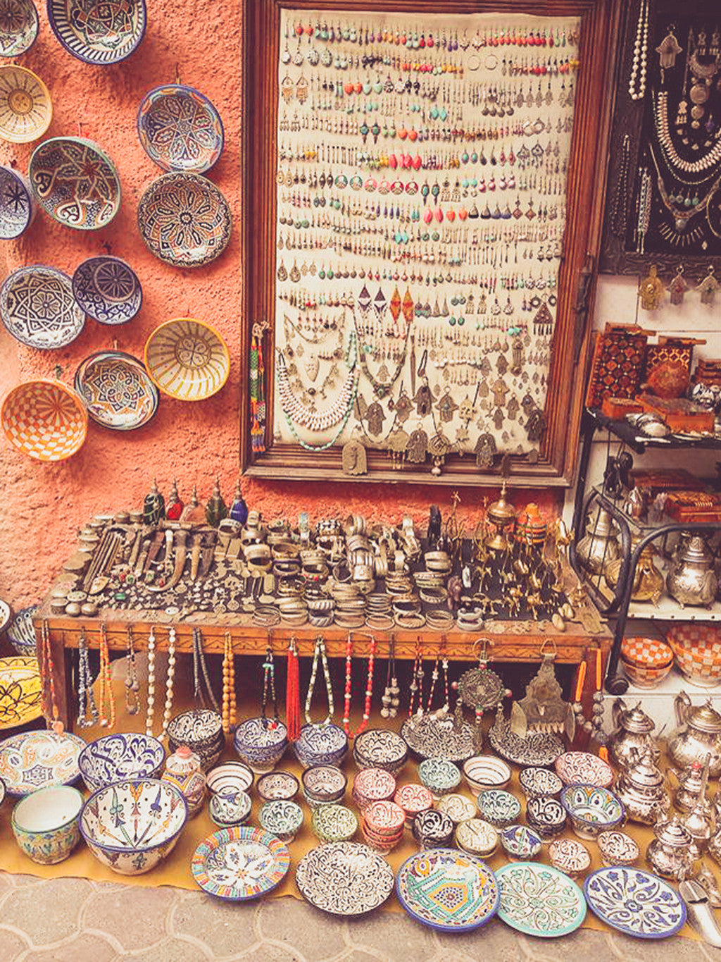 Silver jewelry and ceramic souvenirs | souk market Marrakech | Travel Guide | Shopping | Morocco