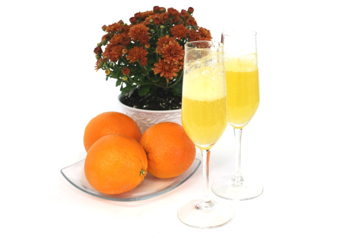 Light, Bubbly & Refreshing Mimosa Spritzers!