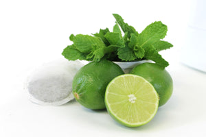 Delicious Detox Sparkling Green Tea with Mint & Limes