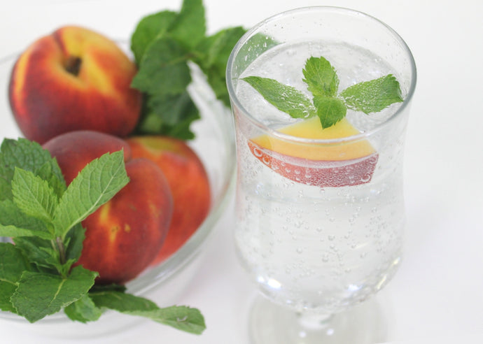 Infuse The Taste of Summer with Peach Mint Sparkling Water