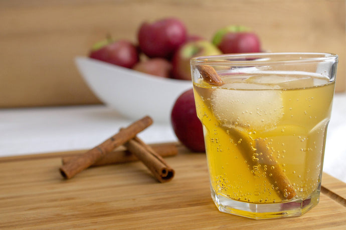 Thanksgiving Sparkling Cinnamon Apple Cider