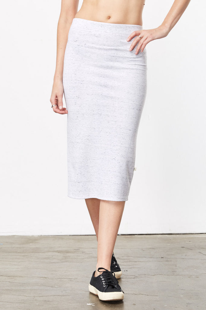 Stylish Travel Clothes | Jane Grey Pencil Skirt
