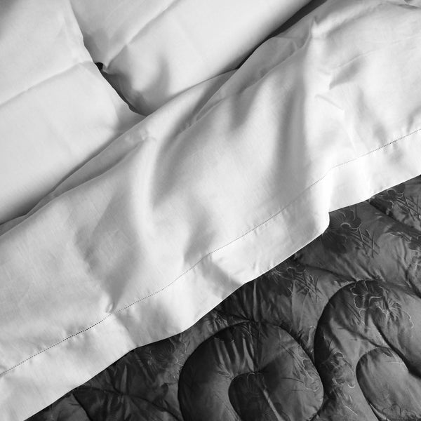 francis-m-luxury-bedding-flat-bed-sheet-detail