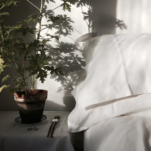 francis-m-luxury-bedding-irish-linen-pillowcases-pelargonium