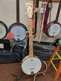 5 String Deering Goodtime Banjo w/ Polyfoam case and 3 books