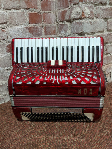 No Name - Red Accordion - Made in Italy (No Case)