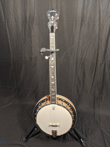 Deering - White Lotus 5 String Banjo w/ Hard Case