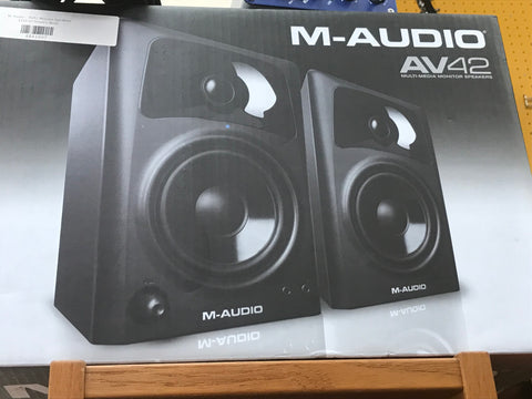 M-Audio - AV42 Monitor Speakers