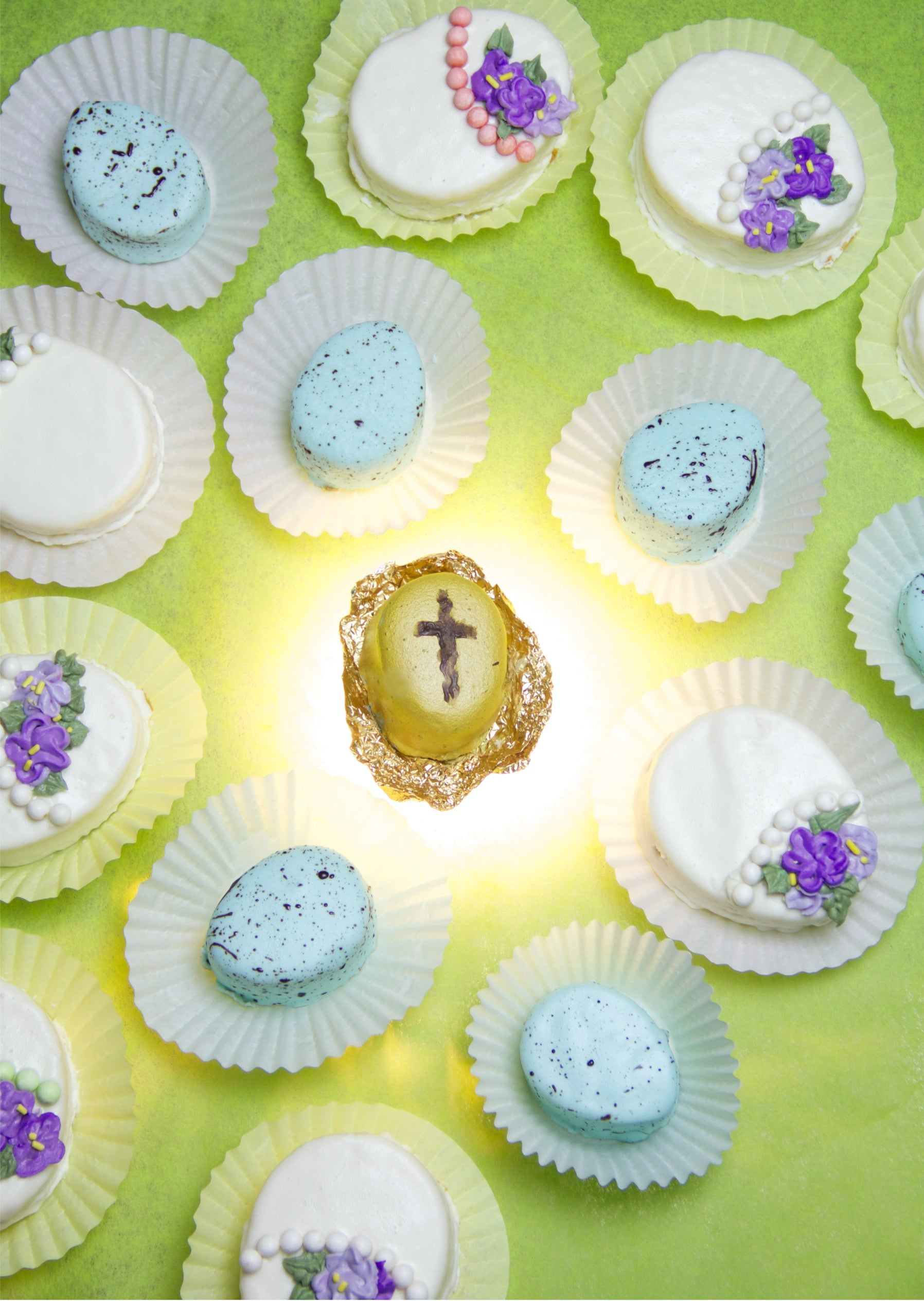 Jesus Rising From the Dead Easter Cakes